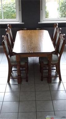 Eettafel Met 6 Stoelen.Massief Eiken Eettafel 6 Stoelen